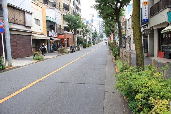 ゼームス坂―坂下.jpg